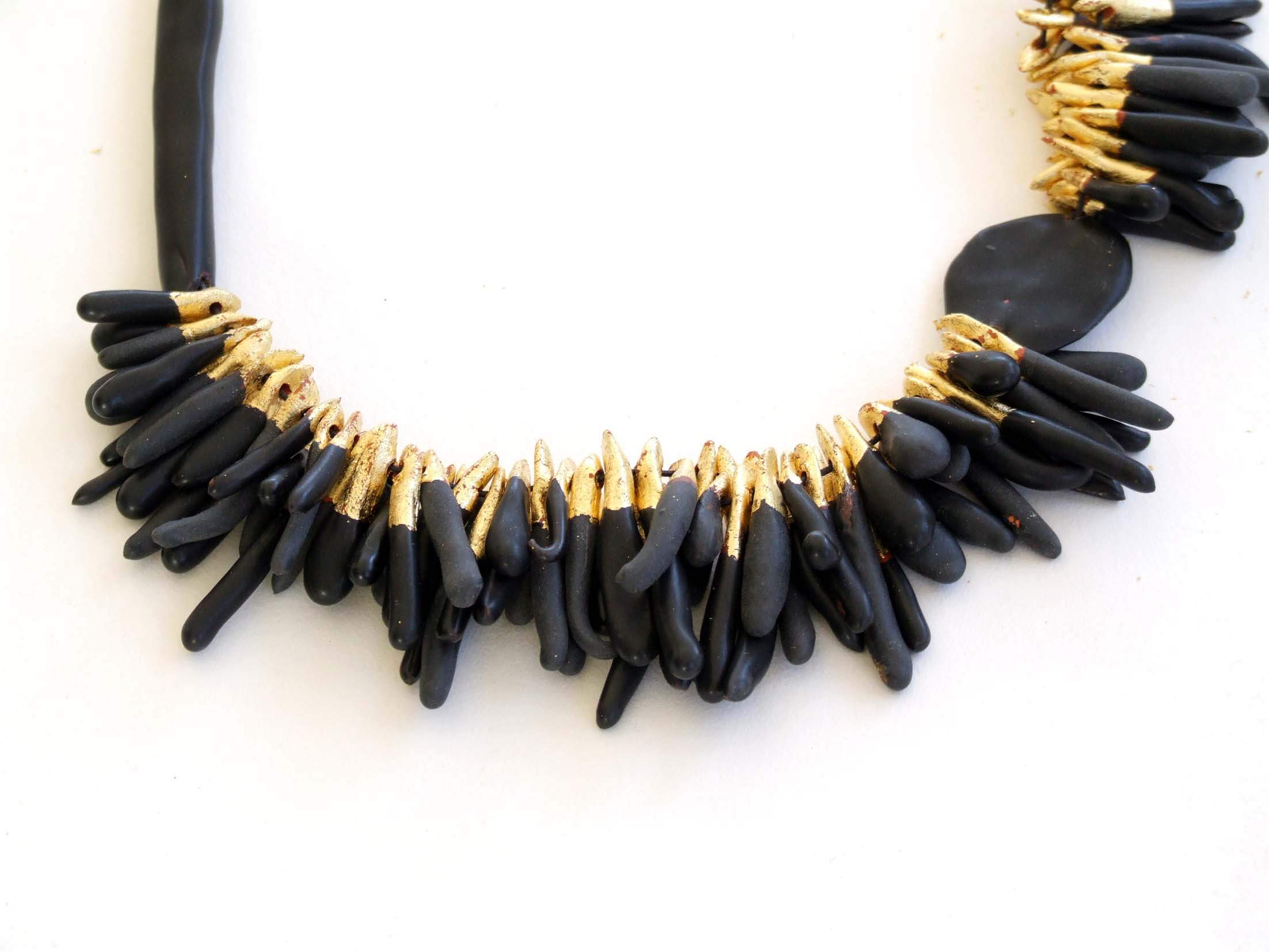 black&gold tears necklace